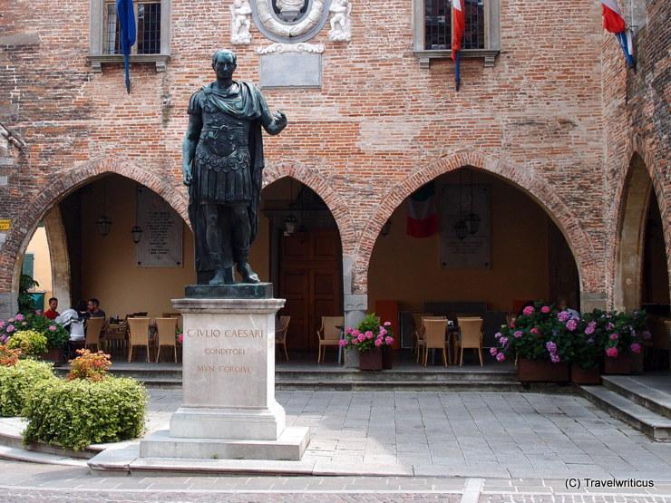 Denkmal für Julius Cäsar in Cividale del Friuli