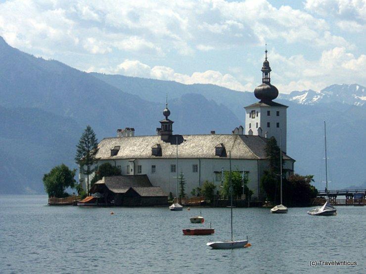 Wasseransicht von Seeschloss Ort