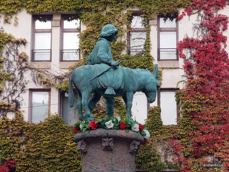 Eselsbrunnen aus dem Alten Markt in Halle (Saale), Deutschland