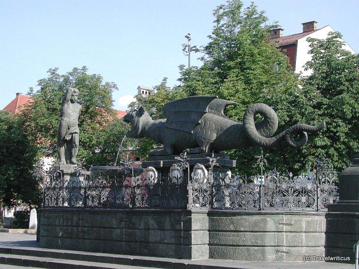 Lindwurmbrunnen am Neuen Platz in Klagenfurt