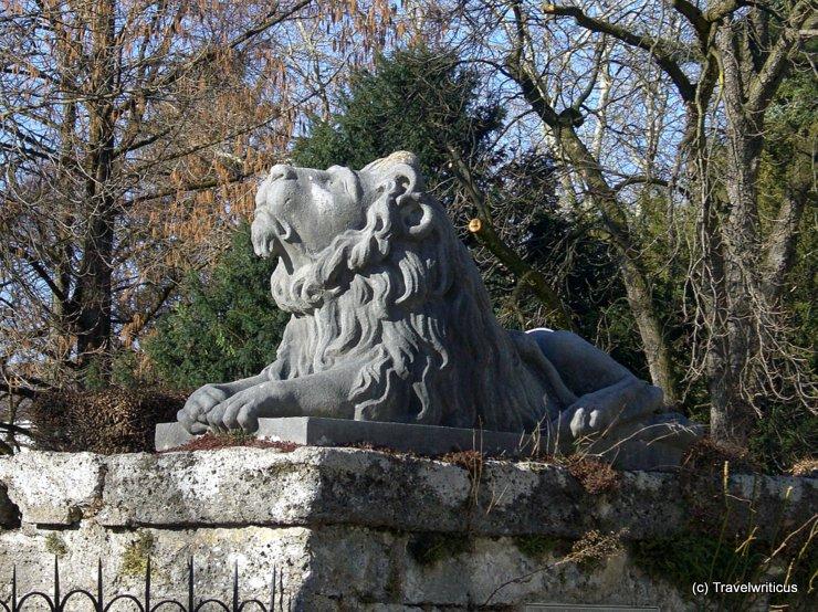 Skulptur eines Löwen im Salzburger Mirabellgarten