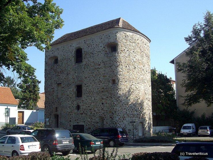 Römischer Hufeisenturm in Tulln, Österreich